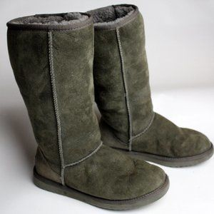 UGG Australia Classic Tall Chestnut Suede Fur Line
